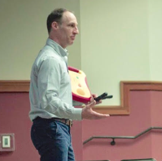 Steve Harris, director of the UGA Office of Emergency Preparedness, gave courses on automated external defibrillator (AED) use and active threat response.